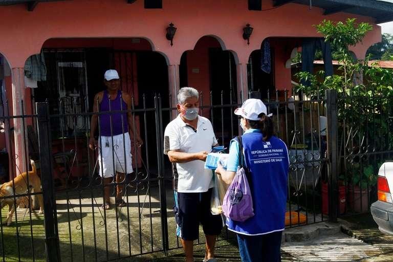 Realizan jornada de docencia en Pan de Azúcar. Foto: Edwards Santos