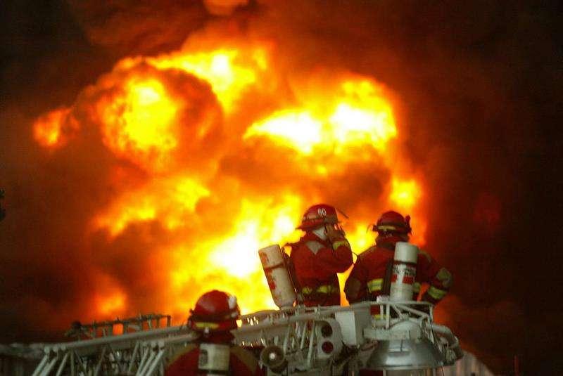 El incendio se originó el sábado por la tarde, cuando los trabajadores de ese área natural protegida dieron la alerta y los tareas para extinguirlo continuaron hoy a cargo de bomberos voluntarios, militares, guardaparques y brigadas municipales. EFE