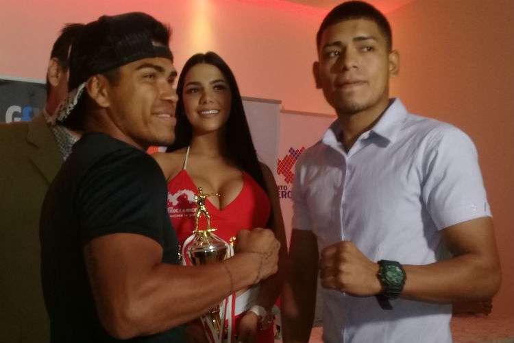 """Jorge """"el Búfalo"""" Sánchez (izq.) y Jaime Muñoz en la conferencia de prensa. Foto: Joel Isaac González"""