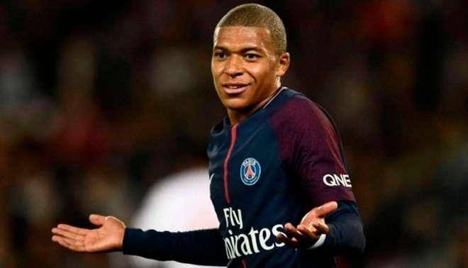Mbappé, de 20 años de edad, sucede al centrocampista del Chelsea N'Golo Kanté. Foto: AP