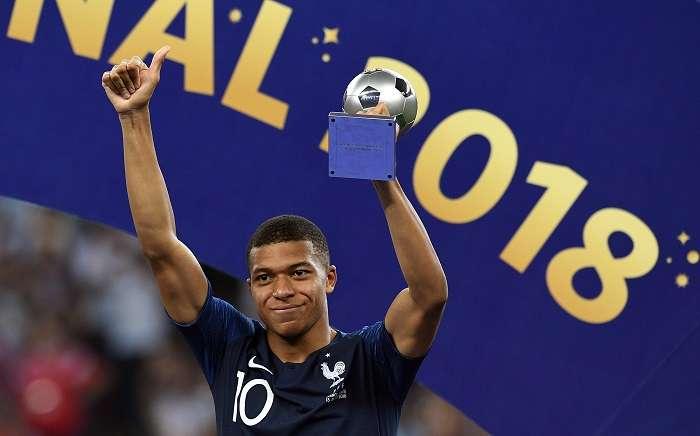 """Kylian Mbappe es el jugador mas joven de la lista de nominados al premio """"The Best""""./EFE"""