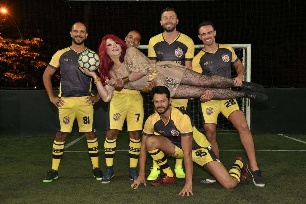 Los integrantes de uno de los equipos de la LiGay de Brasil./ Foto: Reportebrasil.com
