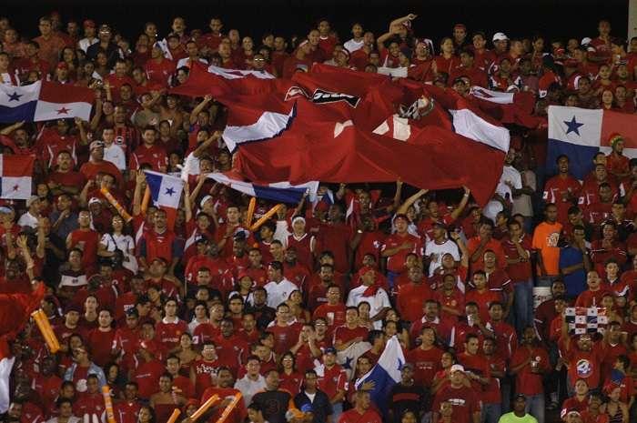 Aficionados durante un duelo de la selección de Panamá. / Foto: Ilustrativa
