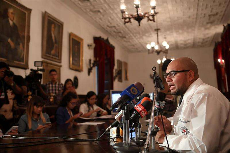 Los 40 hospitales públicos más importantes de Venezuela no cuentan con los medicamentos indispensables para poder atender a los pacientes. EFE