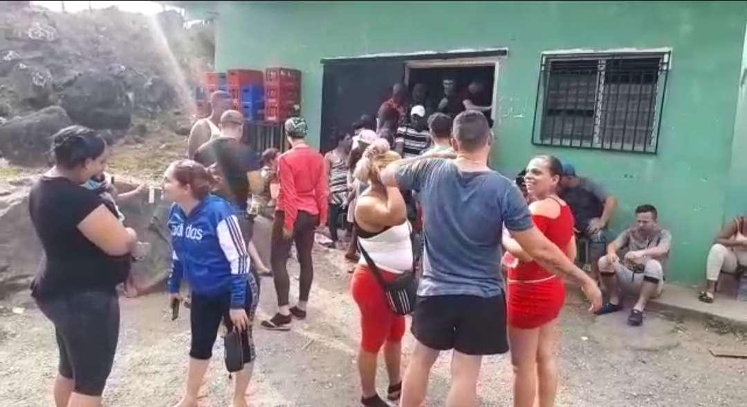 El Ministerio de Salud en Chiriquí planifica un plan de contingencia para atender a los cubanos y migrantes de otras nacionalidades que están en el albergue. Foto: José Vásquez