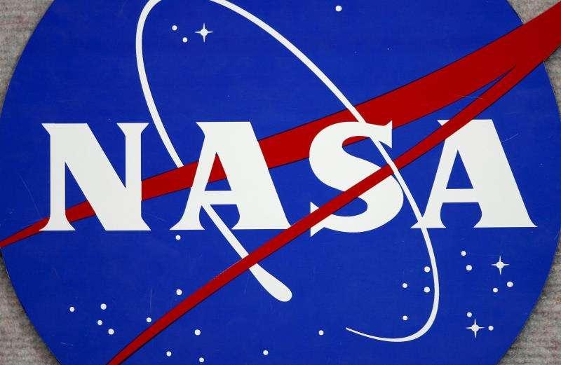 La NASA ofrece un boleto de viaje simbólico a quienes deseen enviar su nombre en un microprocesador hasta el planeta a unos 54,6 millones de kilómetros de la Tierra. EFE/Archivo