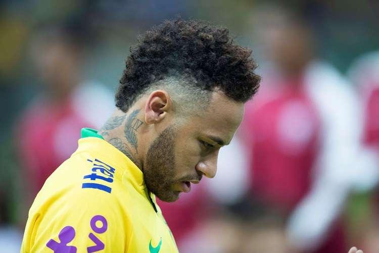 Neymar sufrió una torcedura en el tobillo derecho durante el partido del miércoles contra Catar. Foto: EFE