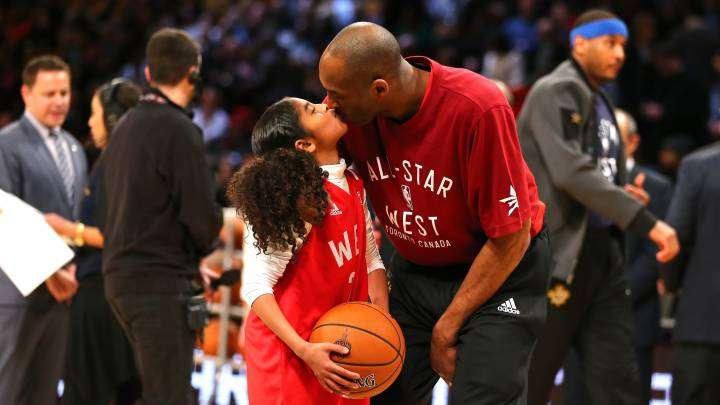 Gianna junto a su padre.