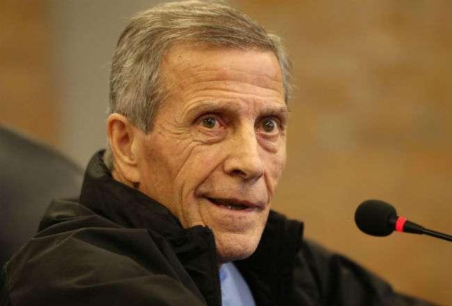 El entrenador de la selección de Uruguay de fútbol Óscar Washington Tabárez. Foto: EFE