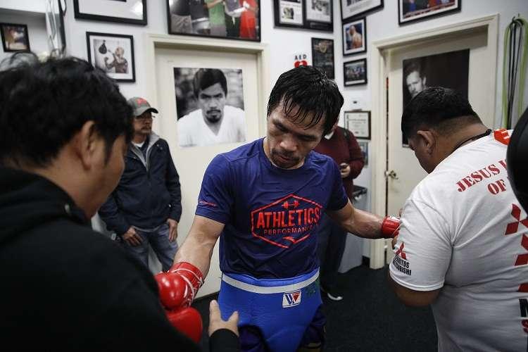 Manny Pacquiao se prepara para pelear con Adrien Broner. Foto: AP