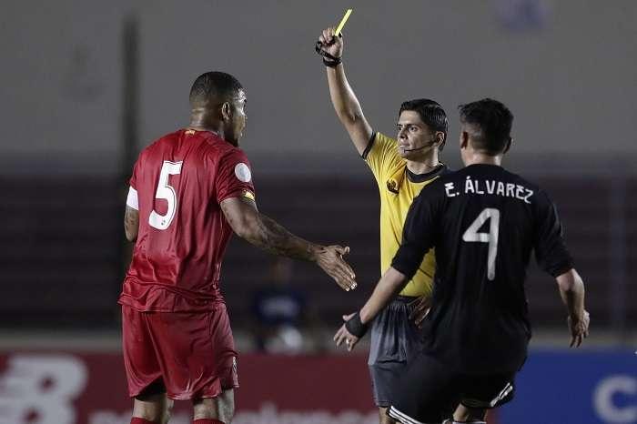 Román Torres disputó el último partido de la selección contra México./ EFE