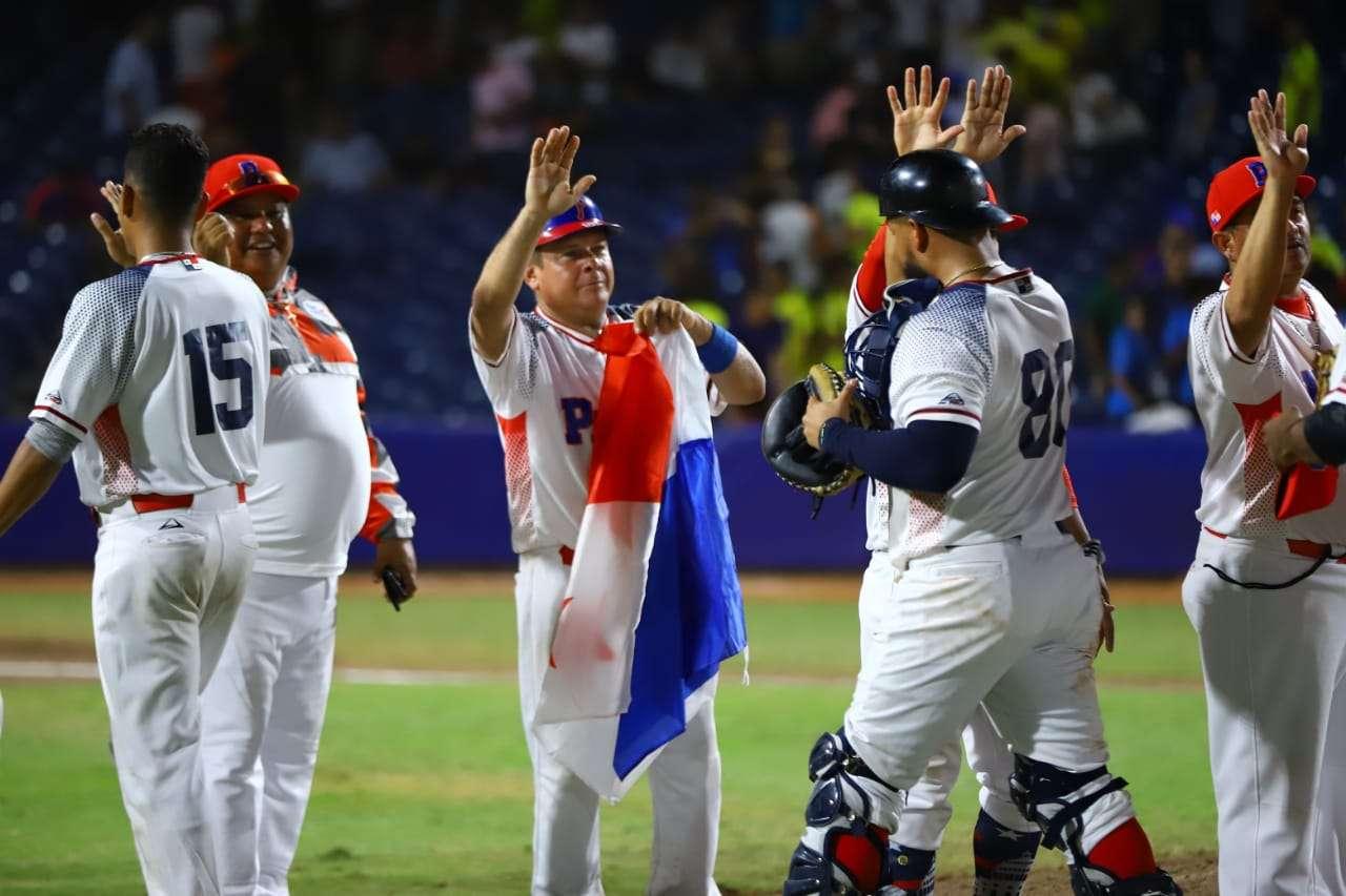 Panamá atacó con una ofensiva de 15 inatrapables a los tiradores colombianos. Foto: COP