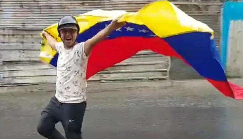 Jhonny Godoy recibió 2 disparos y luego fue asfixiado con un pañal por protestar contra Nicolás Maduro. Foto: Jhonny Godoy