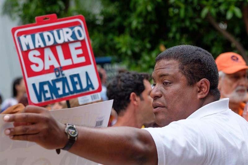 En la imagen un registro del presidente de Venezolanos Perseguidos Políticos en el Exilio (Veppex), José Antonio Colina. EFE