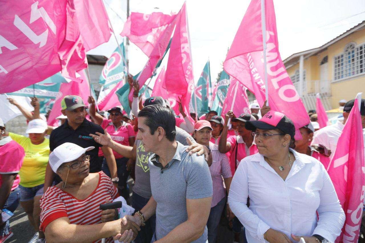Rómulo Roux se pronunció durante una caminata realizada en diversos sectores del distrito de San Miguelito