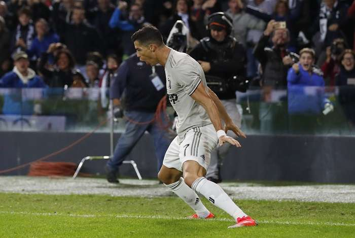 Cristiano Ronaldo festeja su gol. /EFE