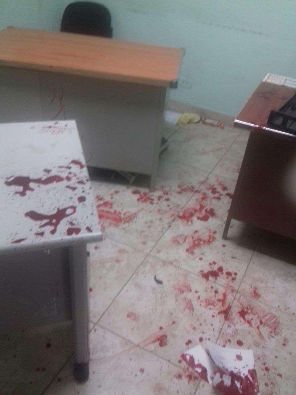 Por este hecho una mujer de 52 años que se había cortado a la altura de las muñecas está bajo custodia en un hospital. Foto: Ilustrativa