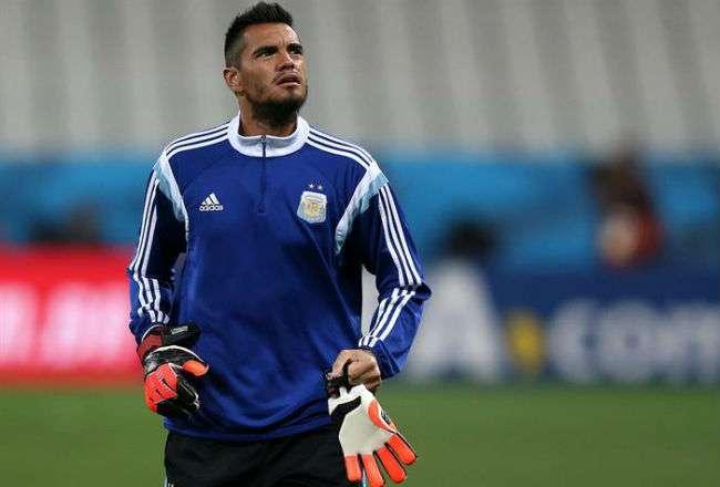 El arquero de la selección de Argentina Sergio Romero. Foto: EFE