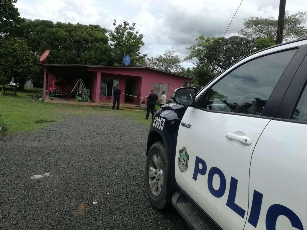 Vista general de la residencia en donde ocurrió el hecho de sangre. Foto: Melquiades Vásquez
