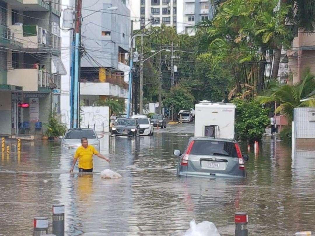Inundaciones Vía Argentina