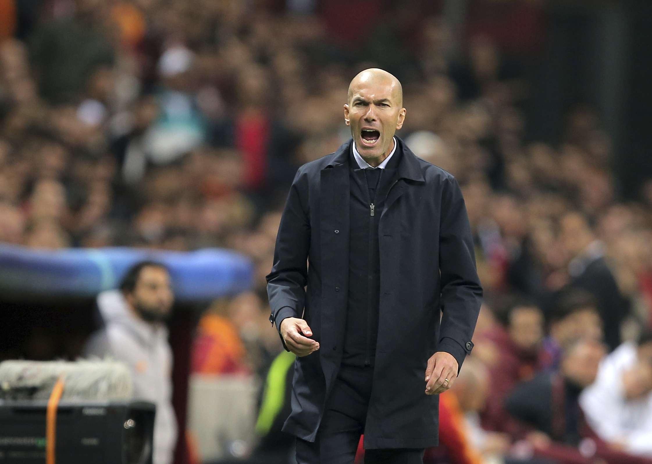 Zinedine Zidane, técnico del Real Madrid, ofreció una rueda de prensa en la que la situación de Gareth Bale fue punto de atención. Foto: AP