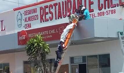La vida de muchas personas corre peligro por los cables de alta tensión que hay en Coclé. Fotos: Elena Valdez