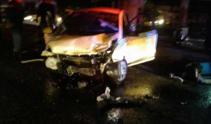 Así quedó el taxi accidentado.  Foto Cortesía