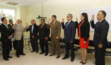 Juramentación del concurso por mérito para ocupar cargos en el IMELCF.  Foto Edwards Santos Crítica