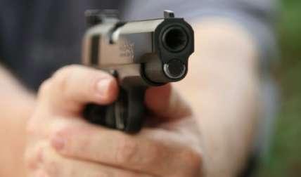 Se apoderó de un arma para atentar contra su vida.  Foto Ilustrativa