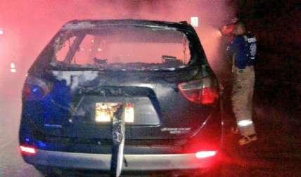 Incendio fue controlado por los bomberos. Foto Cortesía