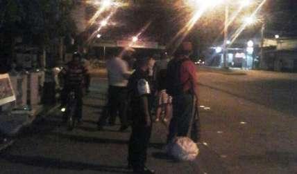 Presencia de la policía en las paradas ha disminuido los atracos.  Foto Cortesía