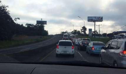 Circulación en el tráfico. Foto: Eric Ariel Montenegro