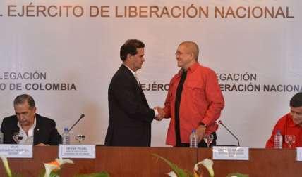 El gobierno de Juan Manuel Santos y el Ejército de Liberación Nacional (ELN), única guerrilla activa en Colombia, mantienen conversaciones exploratorias confidenciales desde el pasado viernes en Ecuador.  / Foto: AFP Archivo