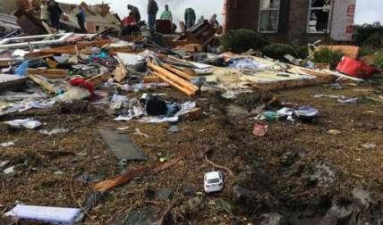 Las tormentas ya pasaron pero las autoridades advirtieron que se avecina muy mal tiempo, con riesgo de fuertes lluvias y vientos. /  Foto: AP
