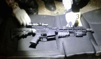 Una de las armas de guerra decomisadas. Foto Cortesía