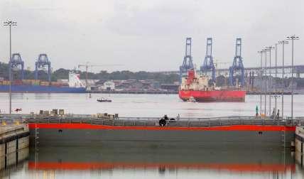 Vista de la esclusa de Cocolí, en la vertiente del Pacífico de la ampliación del Canal de Panamá. EFE/Archivo