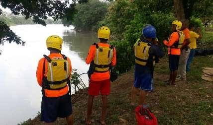 Los rescatistas continuarán hoy la búsqueda.  Foto L. Machuca Corresponsal