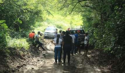 Al sitio llegaron unidades rescatistas en compañía de las autoridades.
