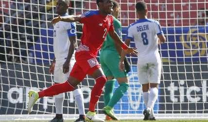Michael Amir Murillo celebra su gol, el primero de Panamá ayer ante Martinica. Foto: AP