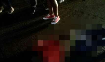 Vista general de la víctima luego de ser atropellada.  /  Foto: @grupoelite507