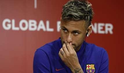 Neymar, figura de Brasil y del FC Barcelona/ EFE/Kimimasa Mayama