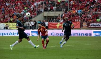 La selección española visitó el Rommel Fernández en el 2012.