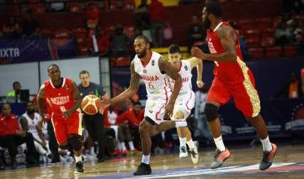 Tony Bishop (centro) formará parte de la Selección. Foto: Anayansi Gamez