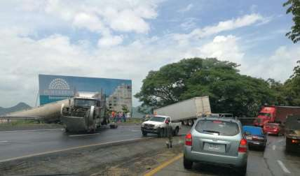 Vista general del accidente.  /  Foto: @TraficoCPanama