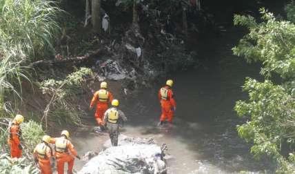 Las unidades inspeccionaron el río, orillas, herbazales, desde tempranas horas hasta el ocaso. Fotos Edward Santos Crítica