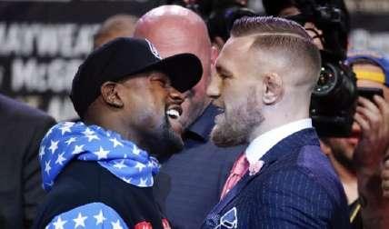 Mayweather Jr (Izq.) y Conor McGregor pelearán el sábado. Foto:AP