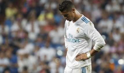Cristiano Ronaldo regresó ayer a la liga tras cinco partidos de sanción, pero el Real Madrid cayó por primera vez en cinco meses. Foto:EFE