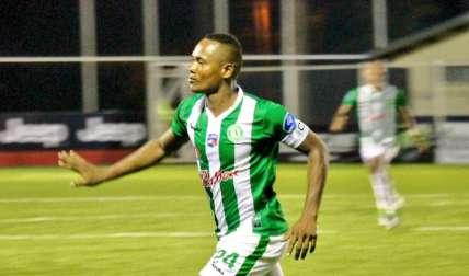 """César """"Bombo"""" Medina no deja de marcar goles en la LPF/ Alianza FC"""