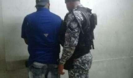 Ciudadano arrestado.  Foto Cortesía