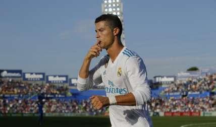 Cristiano Ronaldo celebra su anotación. Foto: EFE